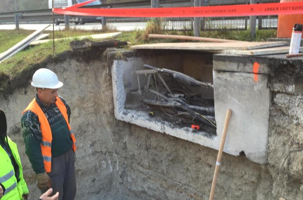 Sanacija kabelske kanalizacije in vgradnja optičnega kabla na AC odseku: AC baza Slovenske Konjice – AC baza Maribor – PC Cenkova