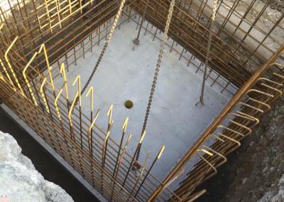 Instalacijski jašek - temeljna plošča in armatura
