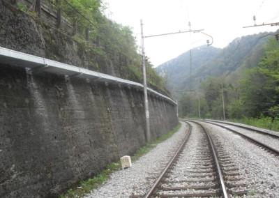 Sava-Zagorje - montaža korit na uporni zid