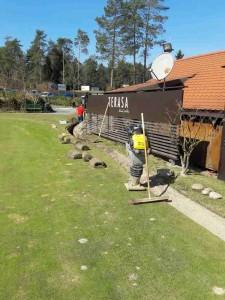 Izkop za gradnjo optičnega omrežja na golf igrišču Volčji Potok